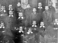 1905 St Anne's School 1905 I have to thank Mrs G Greenwood for this evocative old picture.