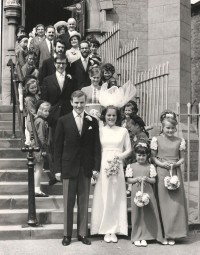 wedding 26 5 1970.  ST ANNE'S BROWNIES FORM A GUARD OF H (1)